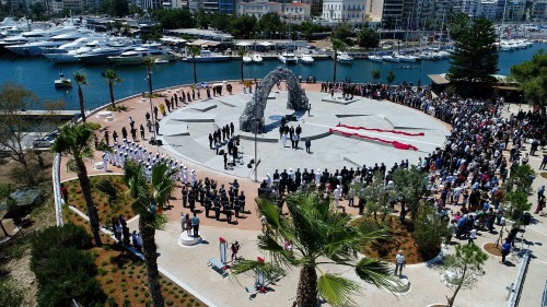 Monument to the Genocide of the Greeks of Pontus Unveiled in Piraeus donated by Evangelos Marinakis