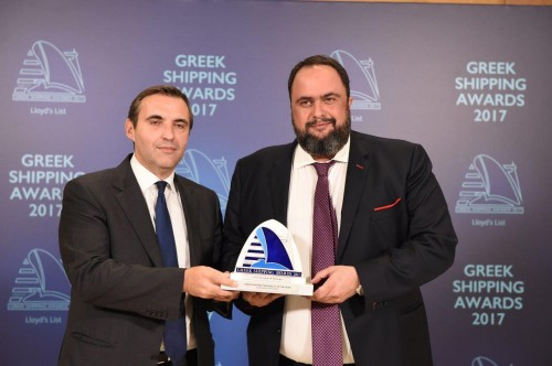 Mr. Evangelos Marinakis receives the Lloyd's List Greek Shipping Award 2017 from Mr. Konstantinos Vasiliou of Award Sponsor Eurobank